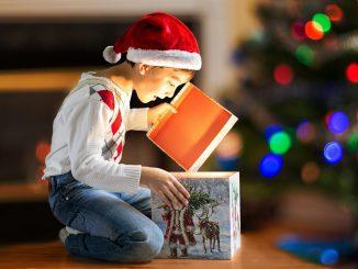 Какой сладкий подарок выбрать для мальчика